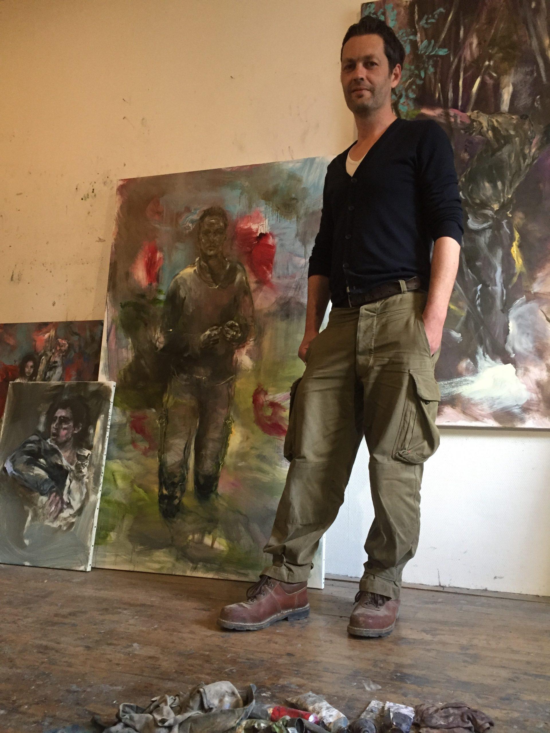 Tony Guillois dans son atelier